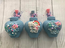 Load image into Gallery viewer, Potion Bottle Bombshell Bath Bomb Hand Mold