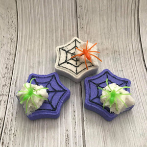 Spiderweb Mini Bath Bomb Hand Mold