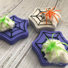 Load image into Gallery viewer, Spiderweb Mini Bath Bomb Hand Mold