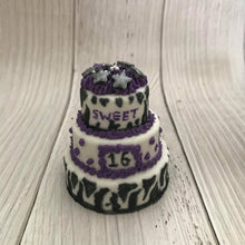 Load image into Gallery viewer, Tiered Cake Bath Bomb Hand Mold