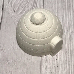 Igloo Bombshell Bath Bomb Hand Mold