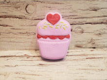 Load image into Gallery viewer, Heart Cupcake Vacuum Form Molds