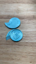 Load image into Gallery viewer, Bath Bomb Talon - Shrink Wrap Opener