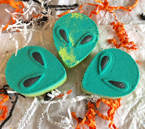 Alien Bath Bomb Hand Mold