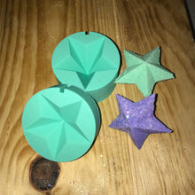 Load image into Gallery viewer, Diamond Star Bath Bomb Hand Mold