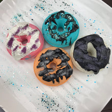 Load image into Gallery viewer, Donut Bath Bomb Press Mold