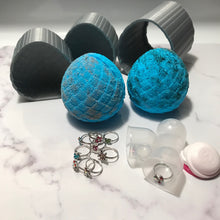 Load image into Gallery viewer, Mermaid Egg Bath Bomb Hand Mold