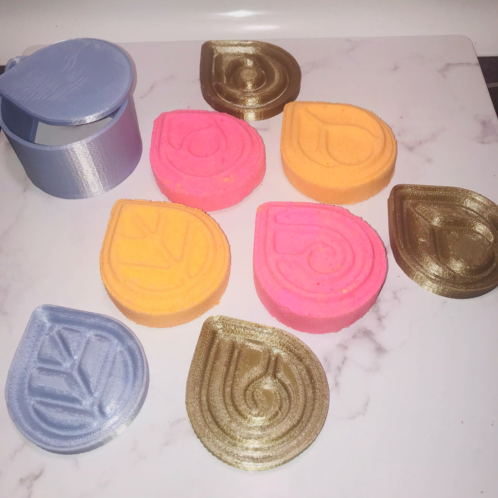 Elements Bath Bomb Hand Mold