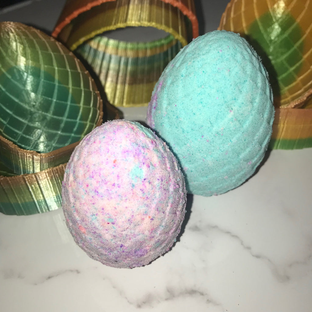 Dragon's Egg Bath Bomb Hand Mold