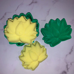 Lotus Bath Bomb Hand Mold