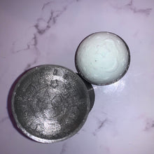 Load image into Gallery viewer, Moon & Stars Bath Bomb Hand Mold