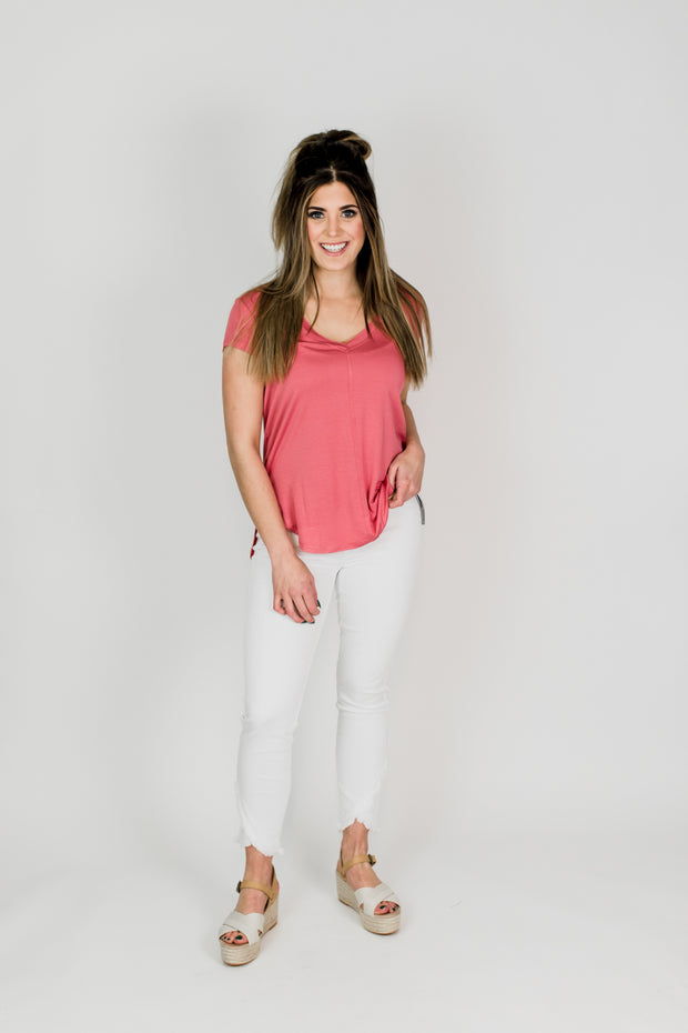 Abby White Front Scallop Skinny Jean