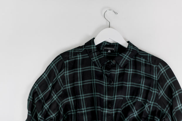 Basic Collar Button Down