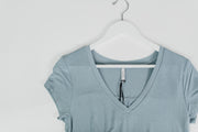 Mya V-Neck Tee Dusty Blue