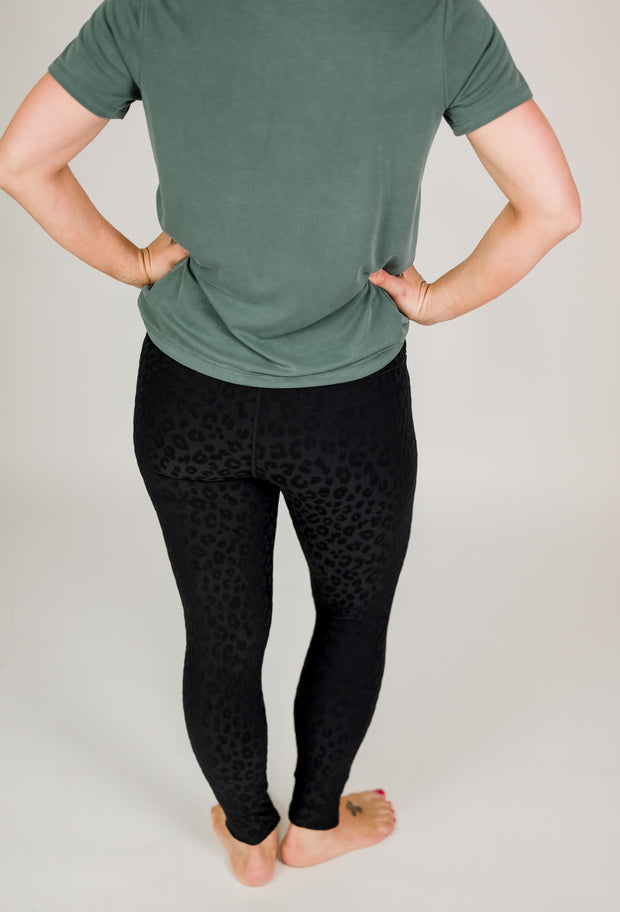 Textured Leopard TACTEL Highwaist Leggings