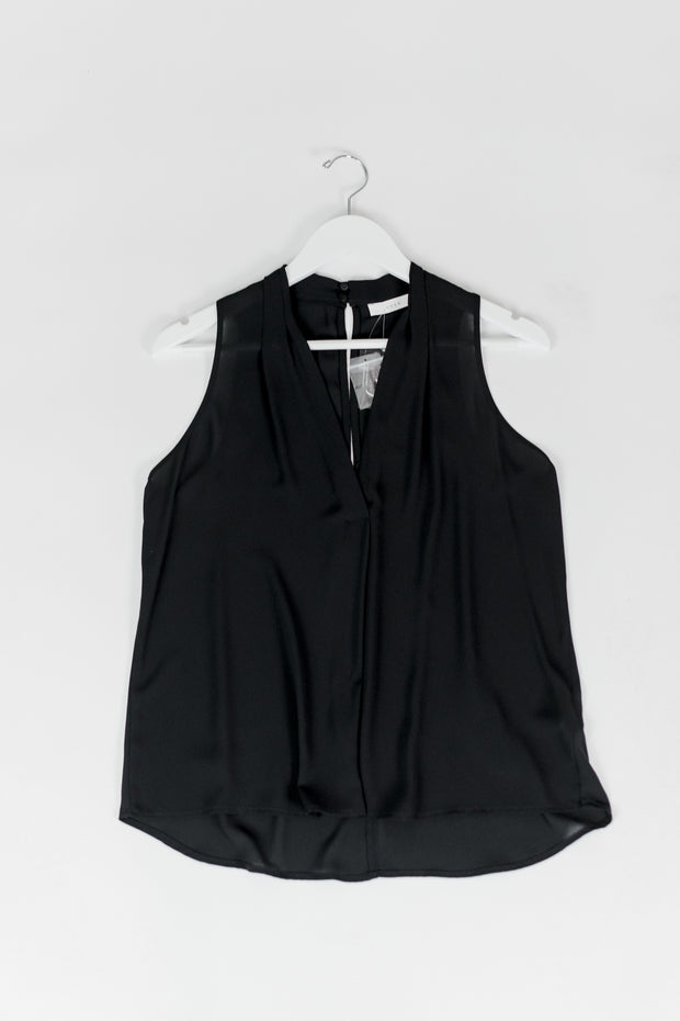 Sleeveless V-Neck w/Pleat