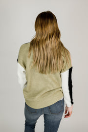 Color Block Round Neck Sweater