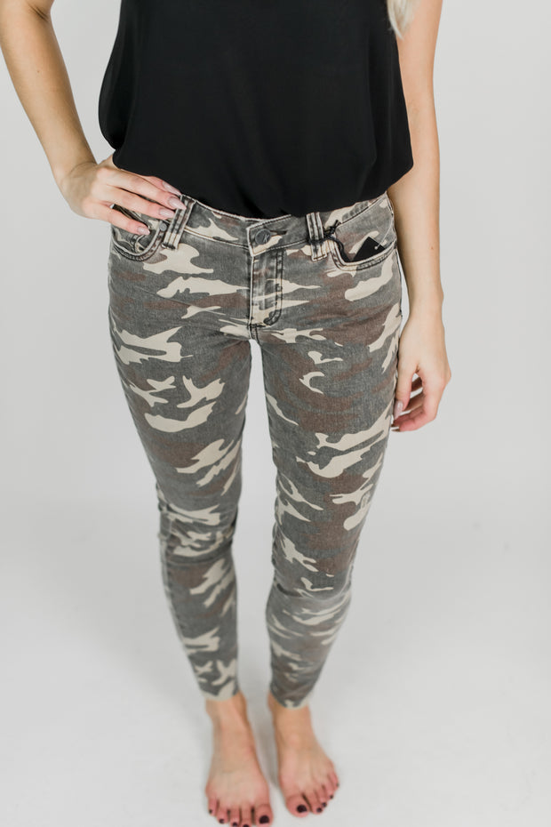Connie Ankle Skinny Raw Hem