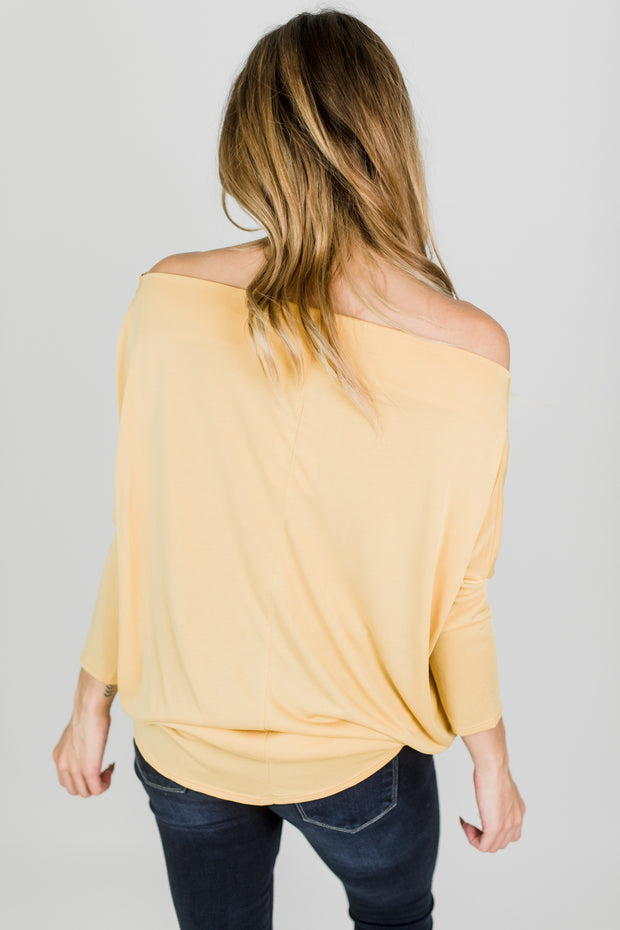 Off Shoulder Top w/ Side Twist Detail