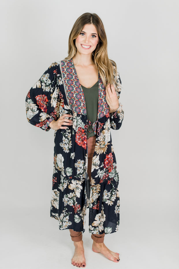 Trapeze Floral Bell Sleeved Duster