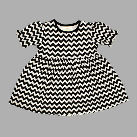 Lolly Wolly Small Black Zig Zag Girls Cotton Dress