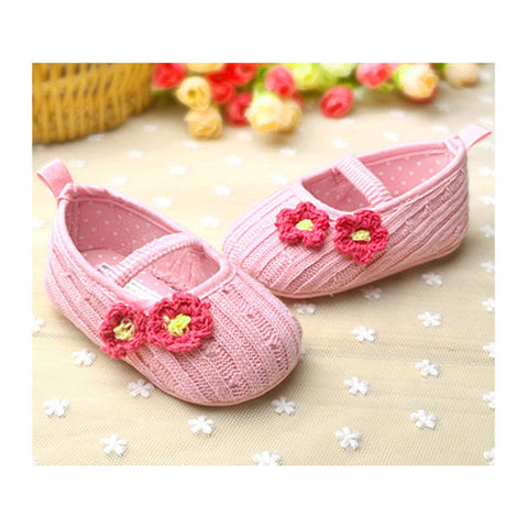 MOTHER CARE Wool Knitted Hook Flower Pink Baby Pre walker Pumps