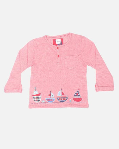Red & white stripes boats t-shirt