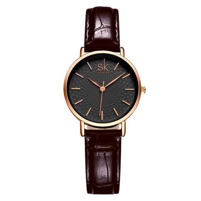 Women Fashion Round Analog