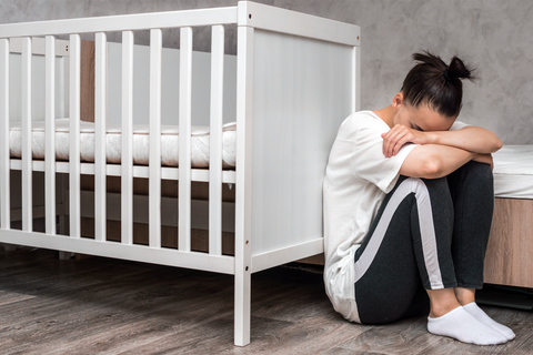 Mother Feeling Symptoms of Postpartum Depression