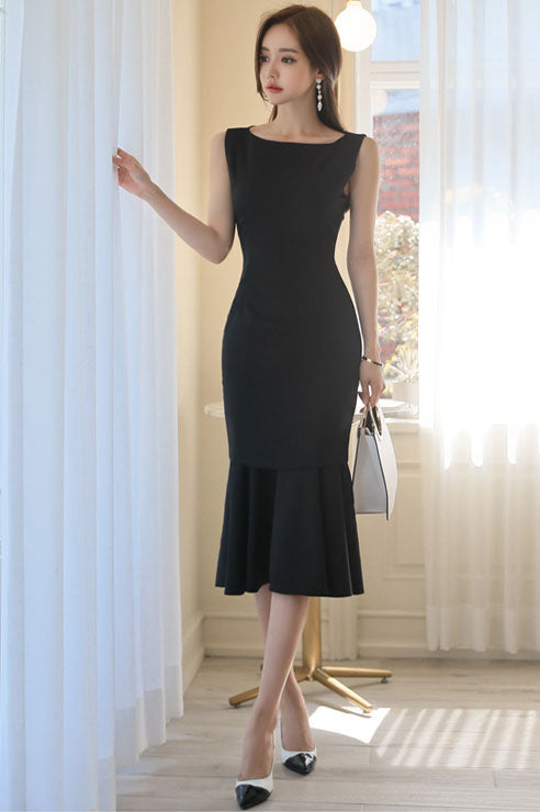 DR20154 Sleeveless Round Neck Fishtail Sheath Dress