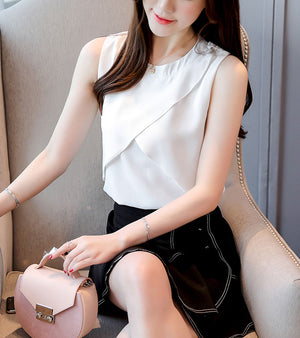 TP10053 Sleeveless Overlapping Loose Chiffon Top