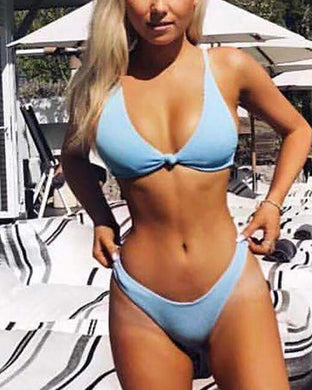 Solid Color Sexy Chest Knotted Bikini