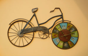 Contemporary Designer Metal Cycle Wall Clock Wall Hanging