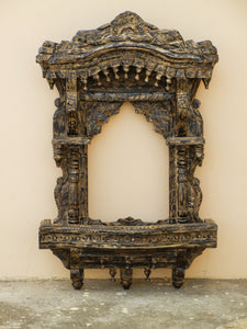 wooden distress finish jharokha