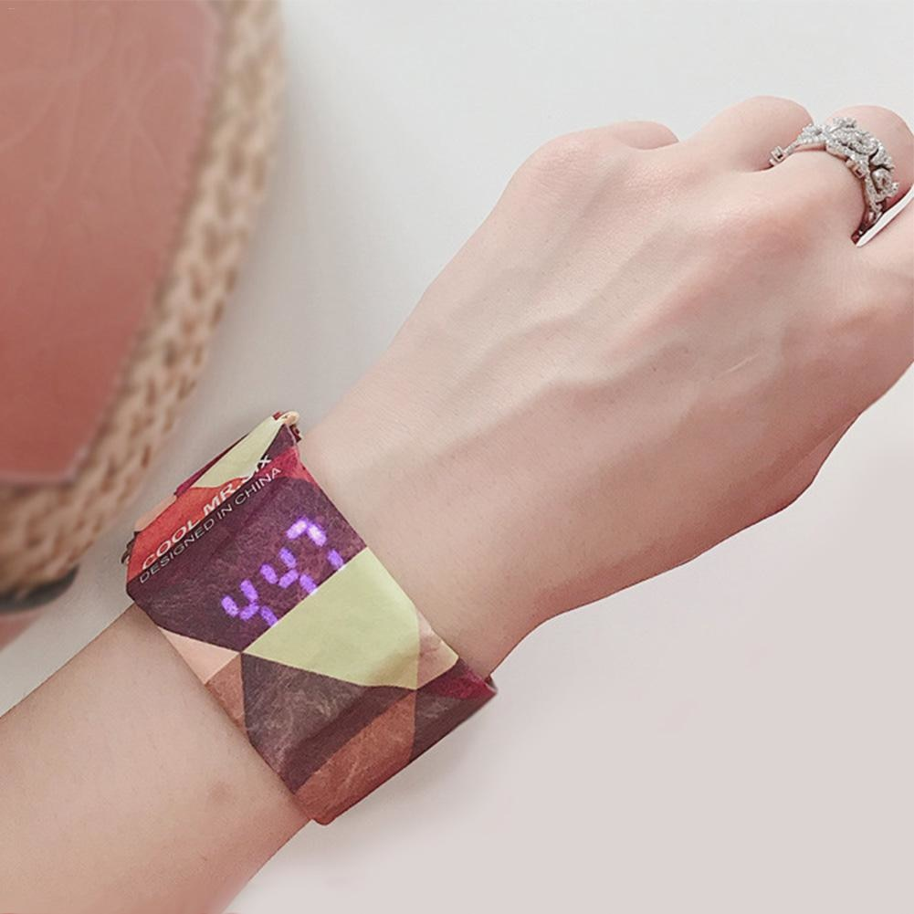 OUTDOOR PAPER WATCH