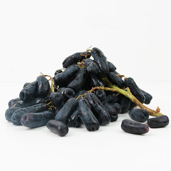 {Black Grape Sweet Sapphire Seedless}