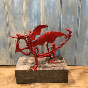 Chain Dragon metal sculpture sold on behalf of Les Brooks