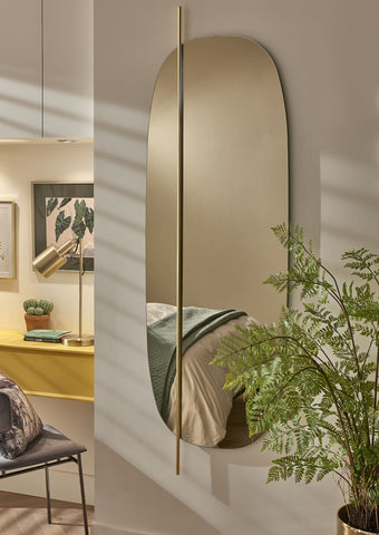 Maximise Space with Mirrors