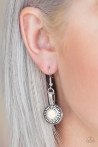 papparazzi-earring-Simply Stagecoach - White