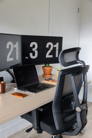 When you are looking for an ergonomic office chair to prevent the pain from carpal tunnel syndrome, please consider the AeryChair