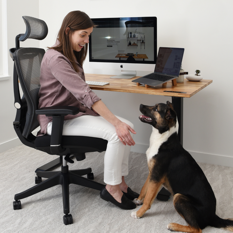 An easy adjustment office chair will keep your wrist more relaxed