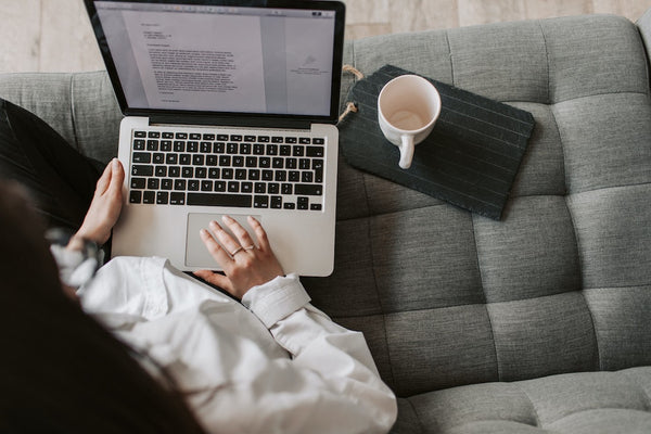 7 Top-Trending Work-From-Home Jobs for Canadians | EFFYDESK