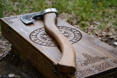Great Eiríkr Axe in a leather case & wooden box