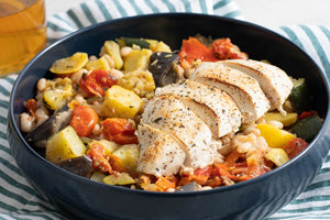 <p>Tomato White Beans and Eggplant with Chicken Breast</p>