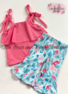 Flamingo Capri Set