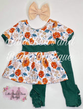 Load image into Gallery viewer, Sage Floral Tunic Set