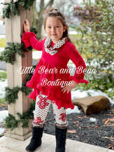 Load image into Gallery viewer, Gingerbread Scarf Set Red and Black