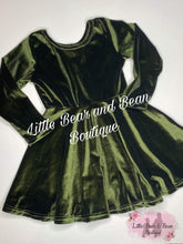Load image into Gallery viewer, Forest Green Velvet Dress