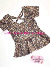 Load image into Gallery viewer, Leopard Peplum Top