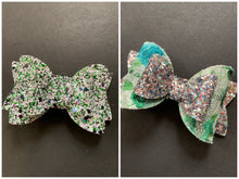 Load image into Gallery viewer, Green Sparkle 3 Inch Bow on Alligator Clip